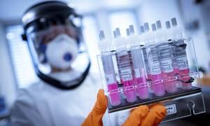 Κορονοϊός: Πότε θα έχουμε τις πρώτες ενδείξεις για την αποτελεσματικότητα ενός εμβολίου