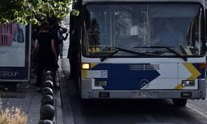 Πανικός στη Βάρκιζα: Έσπασαν στο ξύλο οδηγό λεωφορείου - Διακομίστηκε στο Τζάνειο