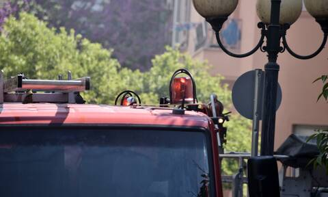 Παγκράτι: «Έπεσε» ασανσέρ πολυκατοικίας - Επιχείρηση απεγκλωβισμού ενός ατόμου