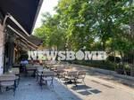 Σε καφετέριες στον Πειραιά ο Μητσοτάκης - Πρώτη μέρα λειτουργίας της εστίασης
