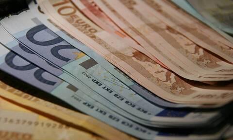 Πότε θα δοθούν τα 534 και τα 800 ευρώ και σε ποιους