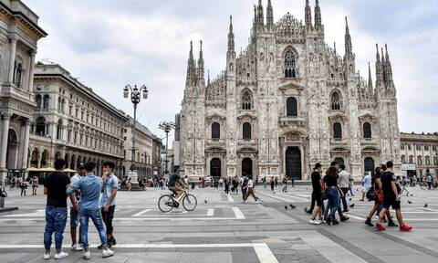 Κορονοϊός Ιταλία: Ζητούνται 60.000 εθελοντές για να βοηθήσουν στην τήρηση των αποστάσεων ασφαλείας