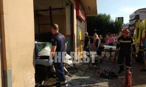 Τραγωδία στην Πάτρα: Οδηγός μπήκε με το όχημά του σε κλειστό συνεργείο-Ανασύρθηκε νεκρός (pics&vids)