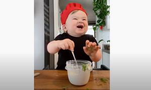 Ο μικρός σεφ που... τρελαίνει το Instagram: Έχει πάνω από 1,5 εκατ. ακολούθους