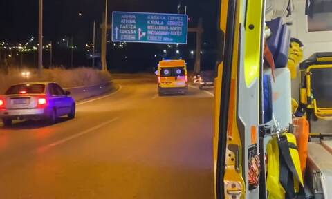 Θεσσαλονίκη: Τροχαίο δυστύχημα με νεκρό στην Ευκαρπία - ΙΧ συγκρούστηκε με μοτοσικλέτα (pics+vid)