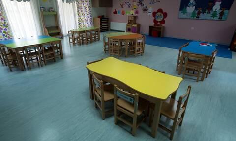 Άρση μέτρων: Σε λειτουργία από 1η Ιουνίου οι παιδικοί σταθμοί και οι υπηρεσίες του Δημοσίου