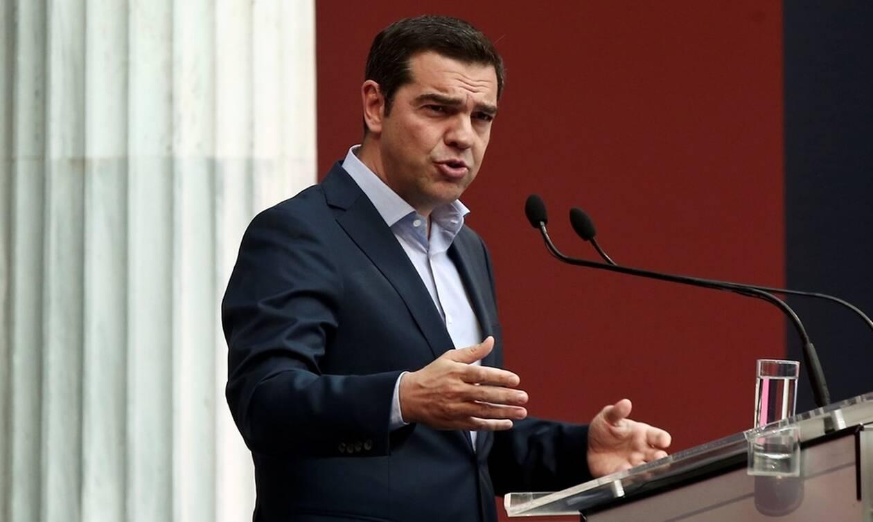 «Μένουμε όρθιοι 2»: Τι προβλέπει το πρόγραμμα του ΣΥΡΙΖΑ για οικονομία, εργασία και υγεία