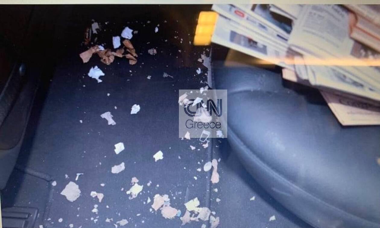 Τρομο-φάκελος στον Λουκά Παπαδήμο: Φωτογραφίες - ντοκουμέντο τρία χρόνια μετά την επίθεση