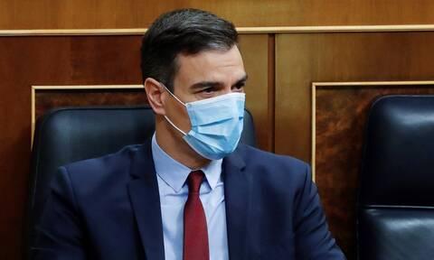 Κορονοϊός Ισπανία: Η κυβέρνηση κηρύττει 10ήμερο πένθος για τους νεκρούς του κορονοϊού