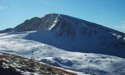 Καιρός - Δείτε LIVE εικόνα από τον Παρνασσό: Χιονίζει Μάη μήνα