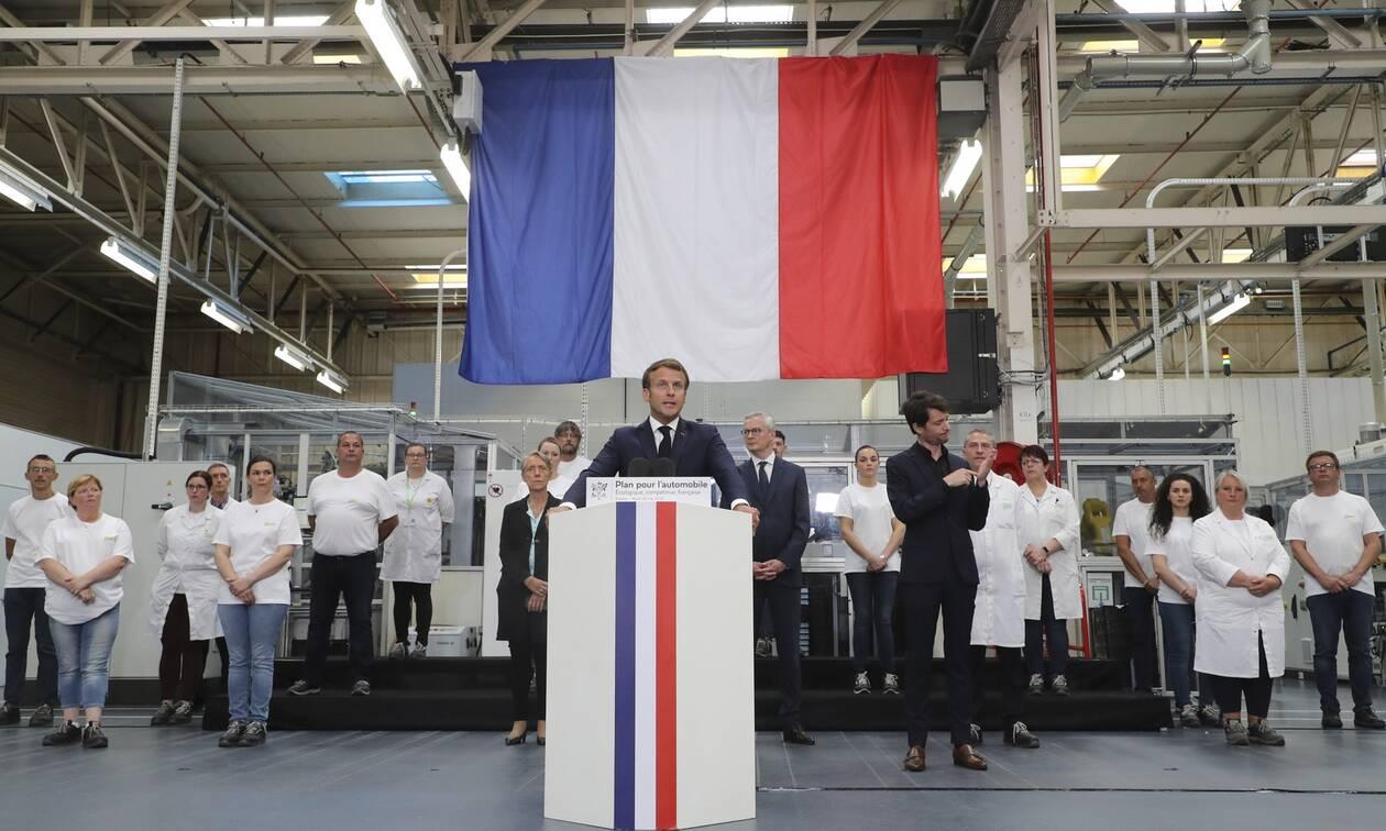 Γαλλία: Στην περικοπή 5.000 θέσεων εργασίας θα προχωρήσει η Renault
