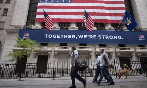 Wall Street: Μια «ανάσα» από τις 25.000 μονάδες ο Dow Jones - Νέα άνοδος για το πετρέλαιο
