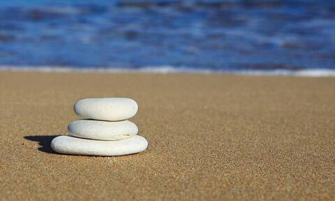 Άγριο ξύλο σε παραλία (video)