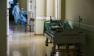 В России за сутки из-за коронавируса умерли 174 человека. Это максимум с начала пандемии