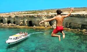 Кипр пообещал покрыть расходы туристов в случае выявления коронавируса на отдыхе