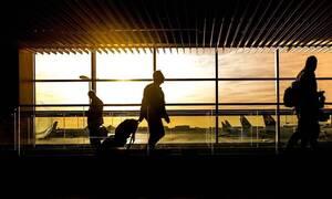 Θέλετε να ταξιδέψετε με αεροπλάνο; Αυτά πρέπει να ξέρετε (vid)