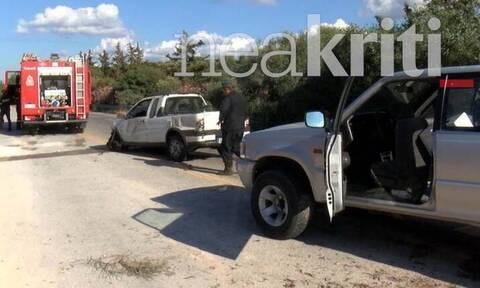 Σοκαριστικό τροχαίο στα Χανιά: Εκτινάχθηκε από το αυτοκίνητο και καταπλακώθηκε από άλλο όχημα