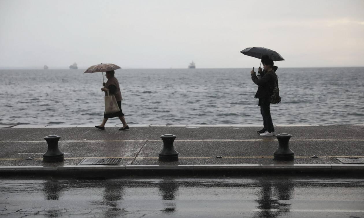 Καιρός: Βροχές και καταιγίδες την Παρασκευή - Πού θα είναι έντονα τα φαινόμενα (pics)