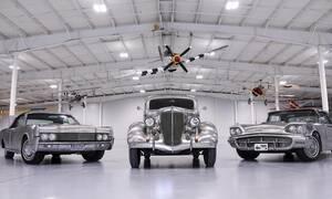 Για ποιο λόγο αυτά τα Ford έχουν αμάξωμα από γυμνό μέταλλο;