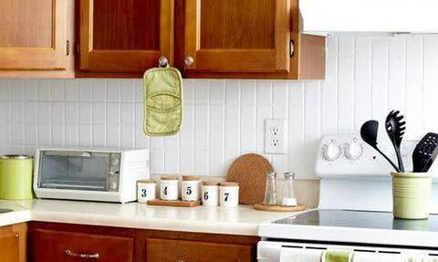 Έτσι θα καθαρίσεις αποτελεσματικά τα λίπη από την κουζίνα