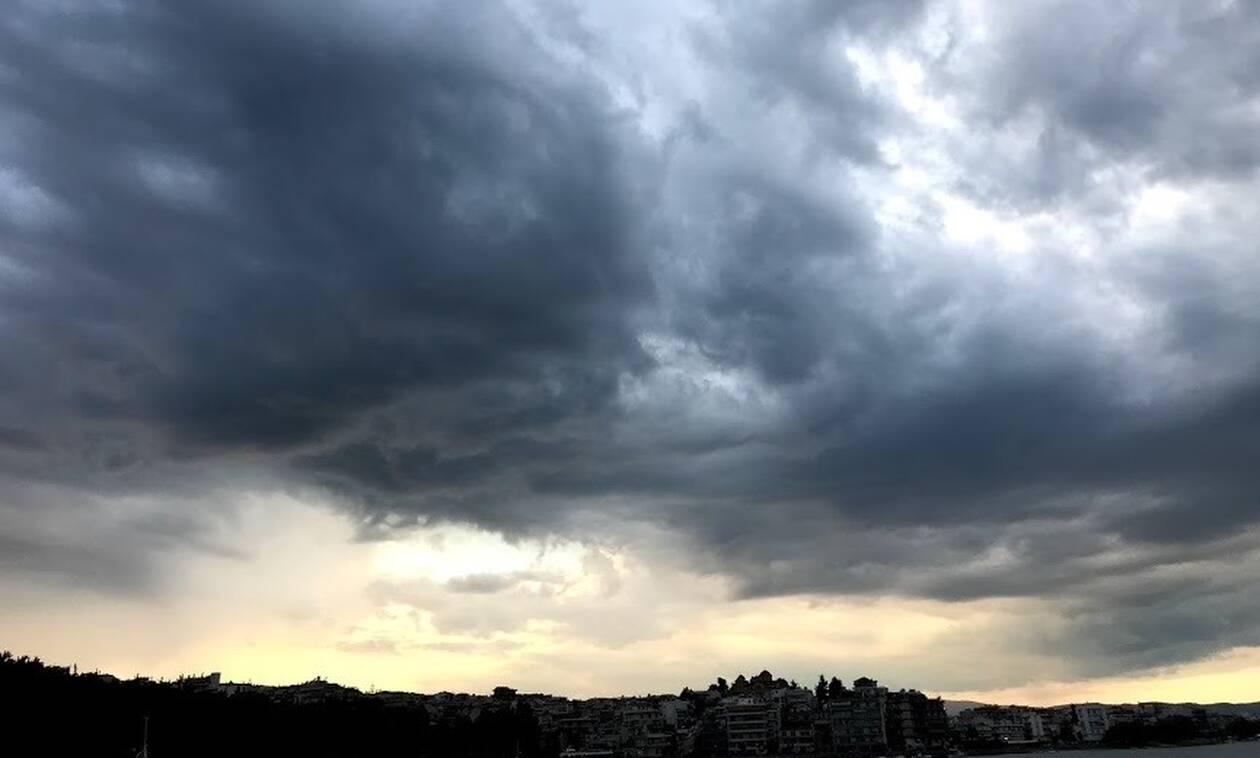 Μαύρισε ο ουρανός στο Αλιβέρι! Θα πάθεις πλάκα αν δεις πως έγιναν οι δρόμοι