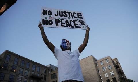 Σε αναβρασμό οι ΗΠΑ: Δύο νεκροί εν μέσω διαδηλώσεων για την δολοφονία του Τζορτζ Φλόιντ
