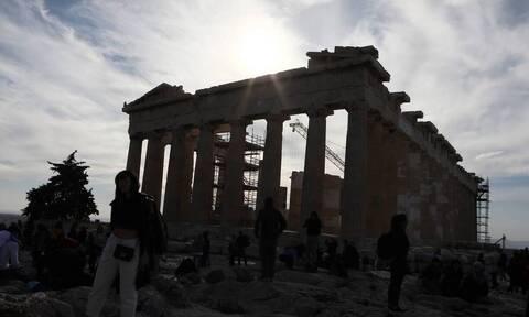 Πώς θα έρχονται οι τουρίστες στην Ελλάδα - Πότε θα γίνονται τα τεστ - Ποιοι θα μπαίνουν σε καραντίνα