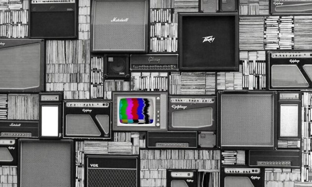 «Βόμβα» από την ΕΡΤ: Αυτό το τηλεπαιχνίδι επιστρέφει μετά από 17 χρόνια