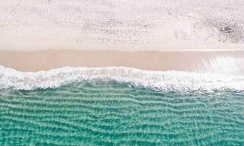 Βρήκε αυτό που ξέβρασε η θάλασσα - Κέρδισε 55.000 ευρώ!