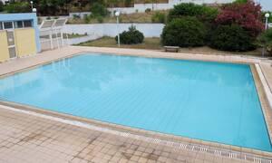Κορονοϊός και βουτιές στην πισίνα: Όλα όσα πρέπει να προσέχουμε