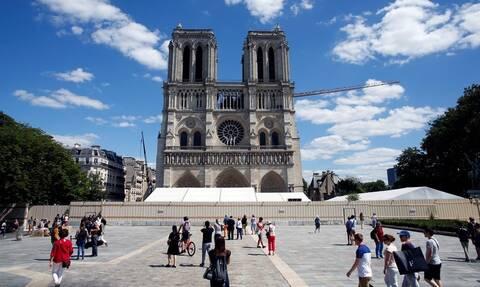 Παναγία των Παρισίων: Ανοίγει ο προαύλιος χώρος του ναού-Πρώτη φορά μετά την καταστροφική πυρκαγιά