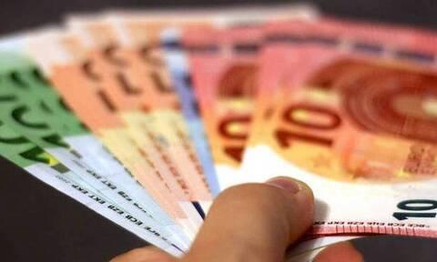Ελεύθεροι επαγγελματίες: Αναρτώνται τα ειδοποιητήρια πληρωμής εισφορών Απριλίου με έκπτωση 25%
