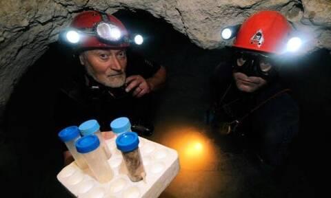 Άνοιξαν σπηλιά μετά από 5.000.000 χρόνια και έπαθαν σοκ. Δεν φαντάζεστε τι βρήκαν μέσα (pics+vid)