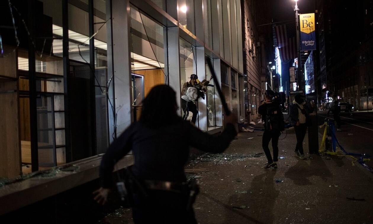 Τζορτζ Φλόιντ: Έκρυθμη η κατάσταση στις ΗΠΑ - Πέντε αστυνομικοί τραυματίες από πυροβολισμούς