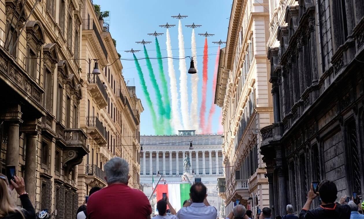 Κορονοϊός: Η Ιταλία κάνει restart - Ξεκινά η ελεύθερη μετακίνηση πολιτών, αύξηση των κρουσμάτων