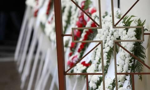 Θεσσαλονίκη: Αποχαιρέτησαν το δίχρονο κοριτσάκι που πνίγηκε στο κρεβάτι του