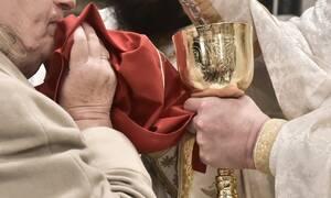 Ιερά Σύνοδος: «Το Ιερό Μυστήριο της Θείας Ευχαριστίας παραμένει αδιαπραγμάτευτο»