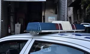 Βόλος: Γείτονας του έστησε ενέδρα και τον μαχαίρωσε στην είσοδο της πολυκατοικίας