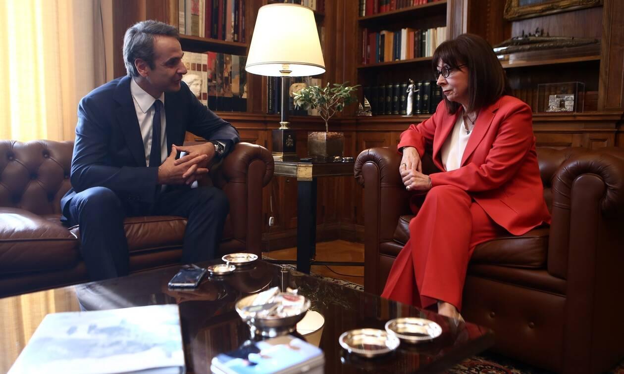 Ηχηρά μηνύματα Μητσοτάκη - Σακελλαροπούλου για την Τουρκία: Θα αντιμετωπίσουμε όλες τις προκλήσεις