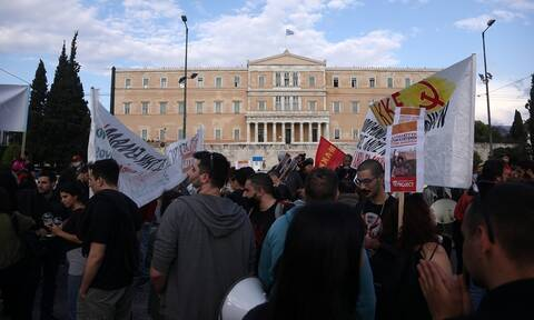 Μεγάλη πορεία στο κέντρο της Αθήνας για τη δολοφονία του Τζορτζ Φλόιντ