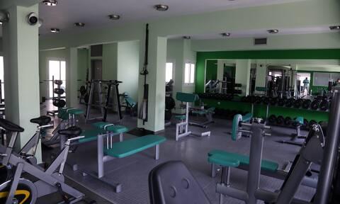Οι νέοι κανόνες λειτουργίας σε μπαρ, εσωτερικούς χώρους και γυμναστήρια