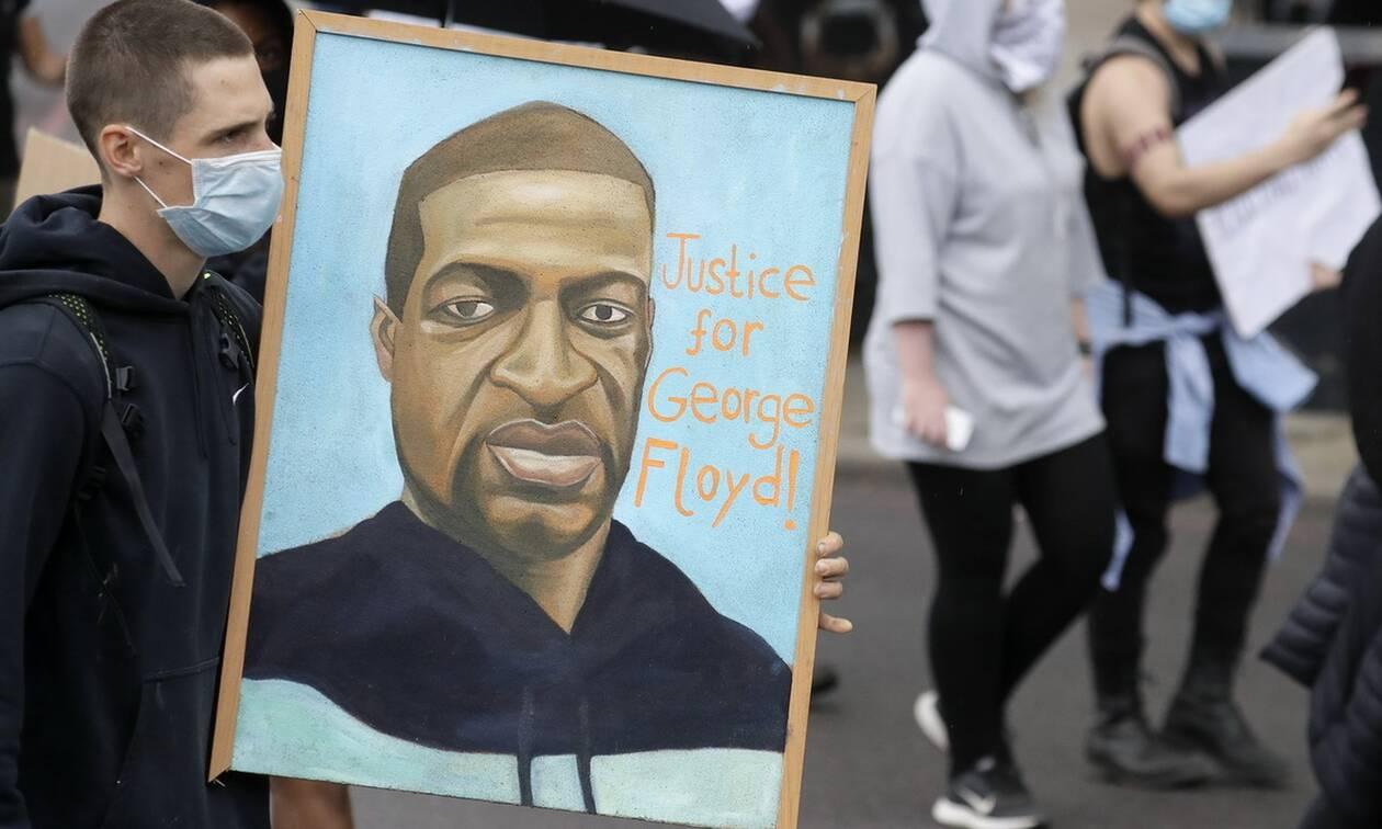 Τζορτζ Φλόιντ: Αλλαξε το κατηγορητήριο για τον Σόβιν - Εντάλματα σύλληψης για τους αστυνομικούς