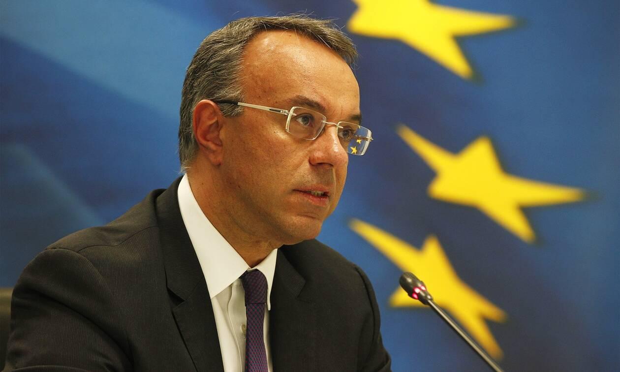 Επιστρεπτέα προκαταβολή-Σταϊκούρας: Διευρύνονται τα κριτήρια για τα 2 δισ.