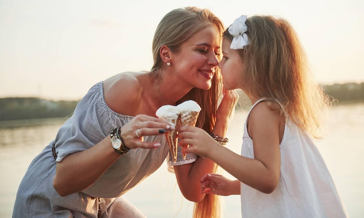 4 εύκολες συνταγές για σπιτικό παγωτό χωρίς λακτόζη (vid)