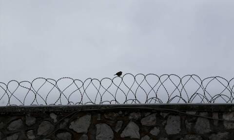 Χαλκίδα: Συνελήφθη σωφρονιστικός που μπήκε στις φυλακές με ναρκωτικά και κινητά