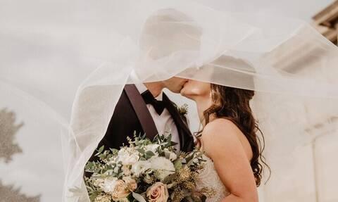 Σε τι ηλικία παντρεύονται οι γυναίκες στα διάφορα μέρη του κόσμου;