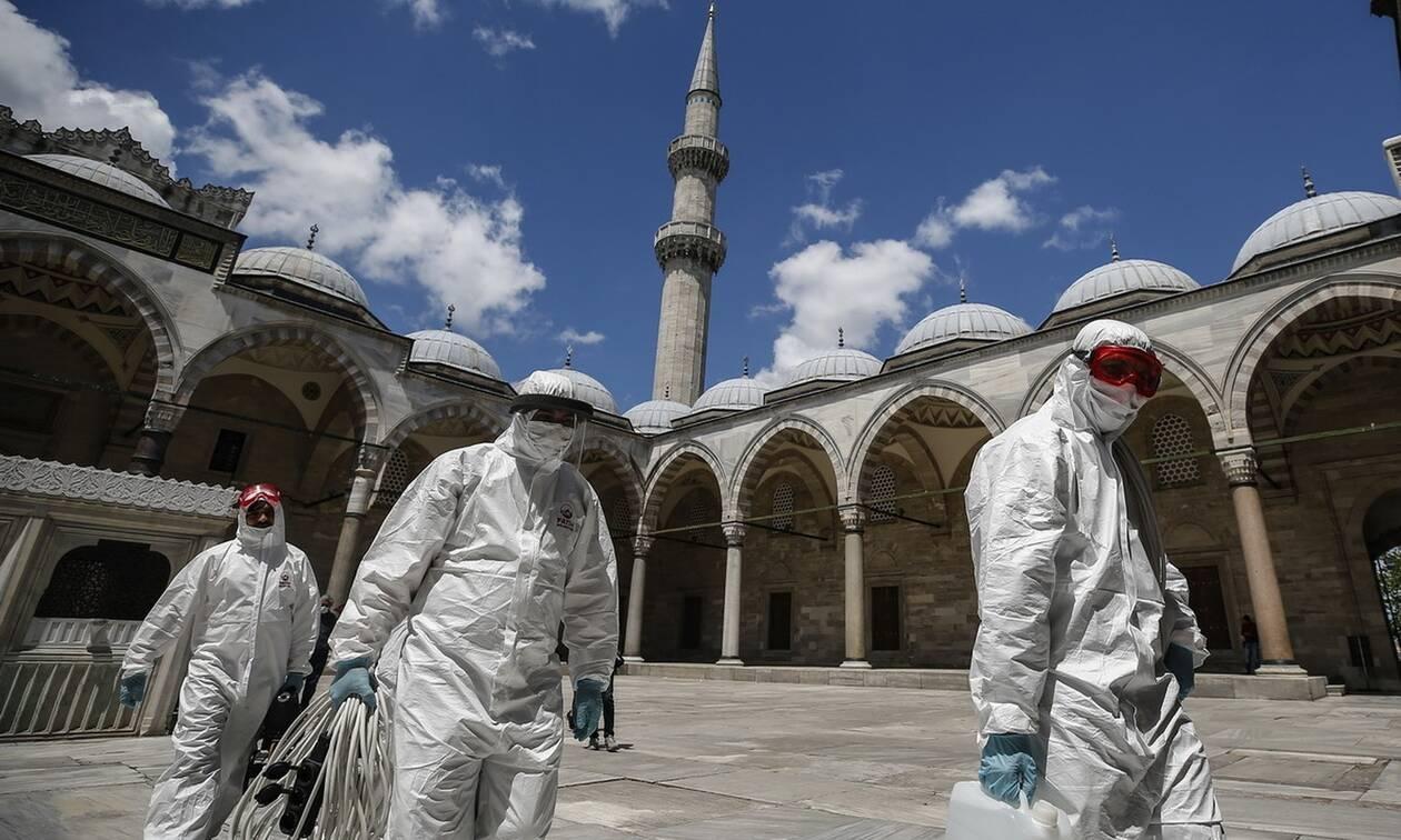Τουρκία: Καραντίνα σε 15 πόλεις το Σαββατοκύριακο για την αποτροπή της εξάπλωσης του κορονοϊού