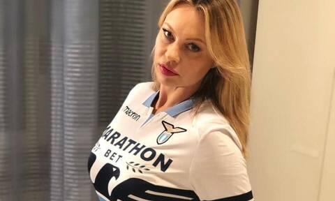 Η Φάλκι στηρίζει τη Λάτσιο με γυμνή φωτογραφία της (pics)