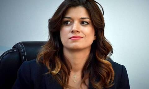 Oταν σε λένε Kατερίνα Nοτοπούλου αλλά δεν είσαι πρώην υπουργός του ΣYPIZA!