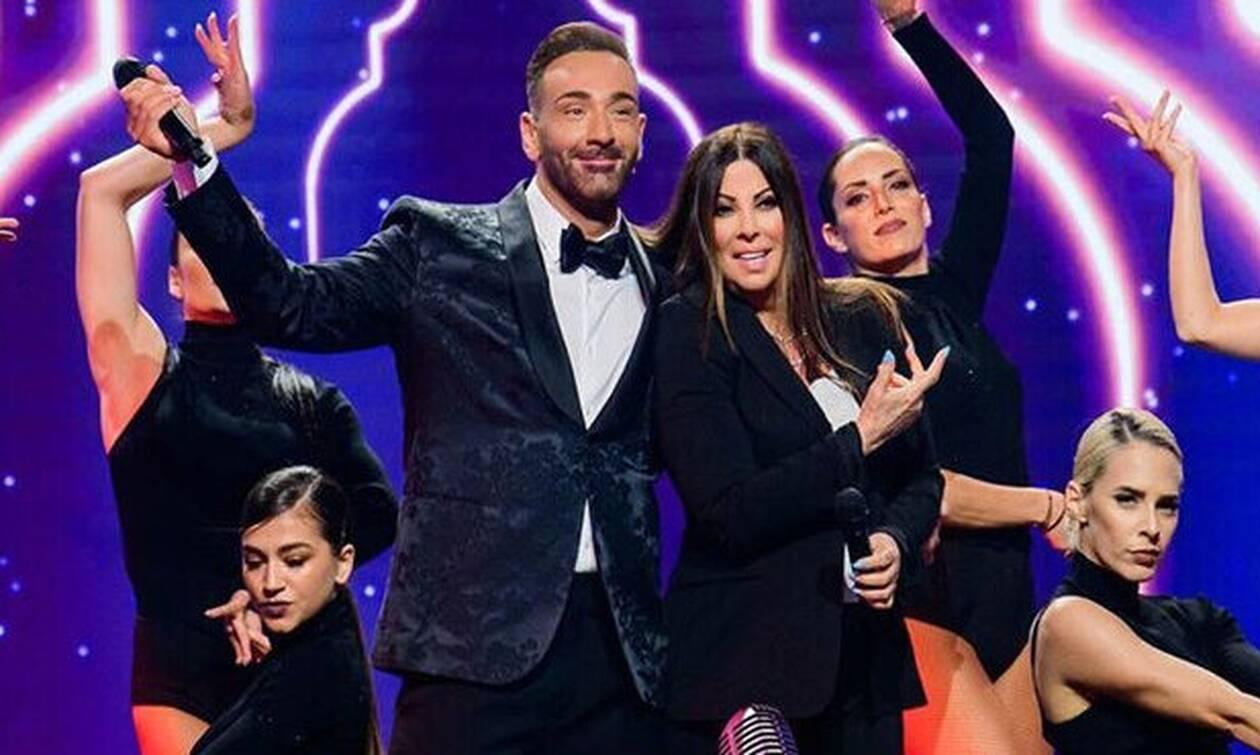 Ο Κοκλώνης τραγούδησε με την Αντζελα Δημητρίου και το Twitter απελπίστηκε